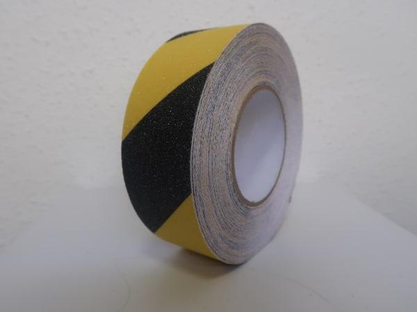 sárga-fekete csúszásgátló szalag